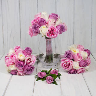 PINK ROSES WEDDING FLOWERS