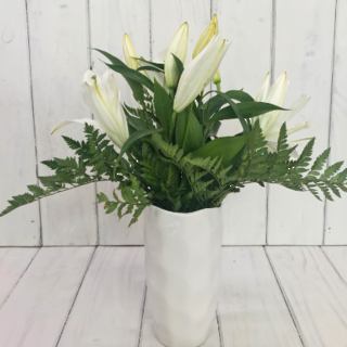 MOTHERS DAY LILIES & VASE